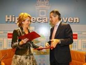 La Comunidad y Caja Madrid firman un convenio para mejorar la Hipoteca Joven