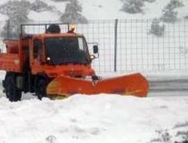 Normalidad en las carreteras de la sierra, a pesar de que vuelve a nevar