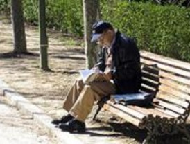 El Ayuntamiento destina más de medio millón de euros para combatir el envejecimiento social