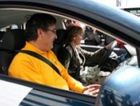 Aguirre promete que todos los nuevos autobuses urbanos serán de gas