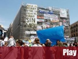 Los indignados deciden seguir acampados en Sol una semana más