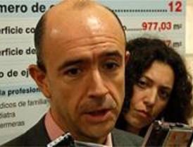Lamela reclama a Fomento el tercer carril de la AP-6 entre Villacastín y San Rafael