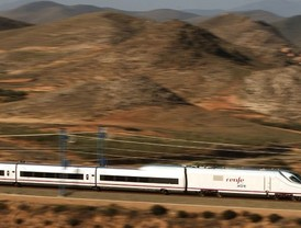 Madrid reclama un AVE que conecte con Portugal