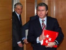 Granados remata la comisión de los espías acusando al ex consejero Prada de mentir