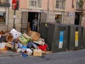 La basura desciende un 5 por ciento en noviembre respecto a 2007 por la crisis