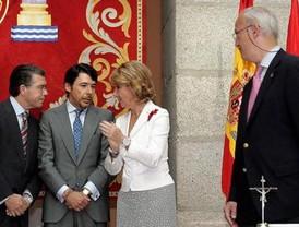Aguirre remodela su Gobierno por sorpresa