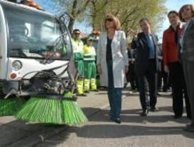 Limpieza general para 131 calles de Puente de Vallecas