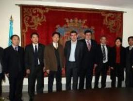 Una delegación china de Huzhou visita Leganés para estrechar lazos