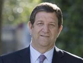 Vecinos de Villanueva piden el cese del alcalde por el 'caso Porto'