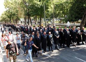 Más de 700 abogados se manifiestan por una justicia gratuita