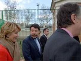 El PSOE pide la comparecencia de González en la Asamblea por su actuación en el campo de golf del Canal