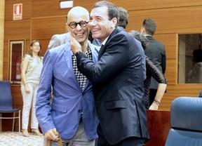 Pedro Zerolo y Tomas Gomez en la Asamblea.
