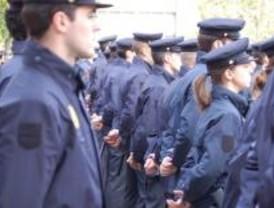 La Policía ofrece formación a los porteros de discoteca