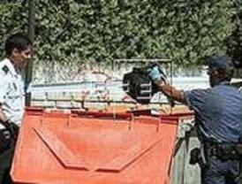 Un vigilante halla el cadáver de un joven en un contenedor