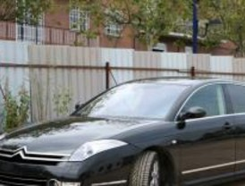 La Agencia Tributaria desmantela un fraude de IVA en la importación de vehículos