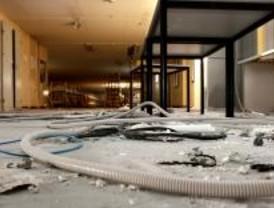 Roban hasta los cables de un centro para los 'sin techo'