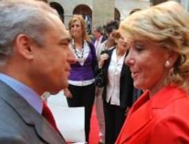 Las europeas encubran a Aguirre y ponen a Gómez en un brete