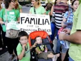 El PP quitará las subvenciones a los que vendan la camiseta de la 'marea verde'