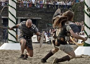 El Álamo recrea tres épocas históricas en su feria medieval
