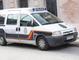 La policía Nacional frustran el intento de suicidio de una mujer en Latina