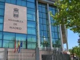 Los parlamentarios madrileños se unen para condenar el atentado etarra