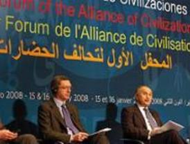 Gallardón dice que las ciudades favorecen el diálogo entre individuos