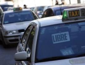 El ayuntamiento da 300 euros a los taxistas para instalar mamparas de seguridad