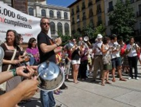 Varias ONG celebran una 'platada' en Madrid para protestar contra el hambre en el mundo