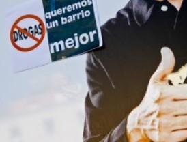 Vecinos de Embajadores exigen el fin de las 'cundas'