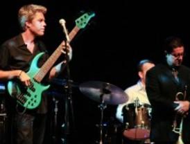 Kyle Eastwood Band demostró su talento en el Festival de Jazz Madrid 2011