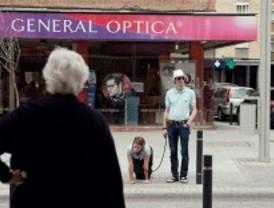 Una performance con una mujer atada como un perro acaba con presencia policial