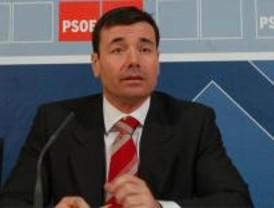 Gómez aplaza el tema de los candidatos a la cita con Ferraz