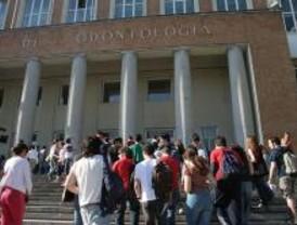 Los universitarios se manifiestan en Atocha contra Bolonia
