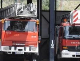 Cinco intoxicados en un incendio en Hortaleza
