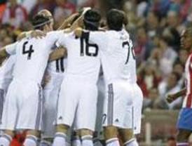 El Real Madrid se lleva un derbi 'loco' en el principio y el final