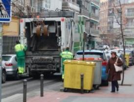 Madrid estudia rehacer el mapa de recogida de basuras