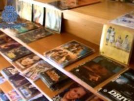 Desmantelado un centro de grabación de CD y DVD en Puente de Vallecas