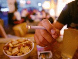 Los no fumadores reclaman en El Retiro