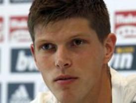 Huntelaar acepta la oferta del Stuttgart y negocia la liquidación con el Real Madrid