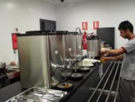 115 jóvenes en riesgo de exclusión construyen un albergue en Ávila
