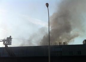 Un almacén de Coslada arde sin dejar heridos