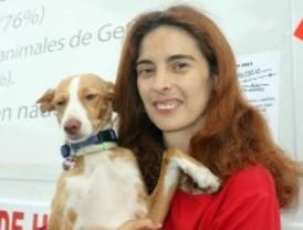 Hospitalizada la activista en huelga de hambre por el sacrificio de animales en la perrera de Getafe