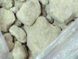 Interceptados 12 kilos de heroína ocultos en el depósito de gasóleo de un turismo