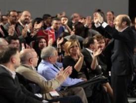 La candidatura de Rubalcaba se impone en el 38º congreso socialista con 22 votos de margen