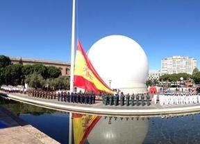 Juan Carlos de Borbón preside entre aplausos y 'vivas' al Rey su último día de las Fuerzas Armadas