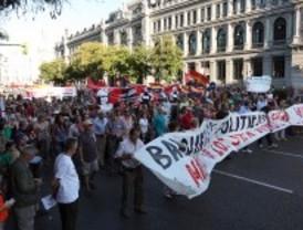 Miles de personas defienden en Madrid una educación y una sanidad públicas