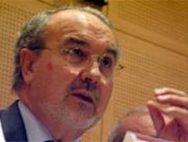 Solbes, elegido número dos en la lista electoral del PSOE por Madrid