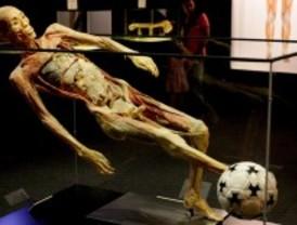 La exposición 'Human Bodies' cerrará a mediodía durante el mes de agosto