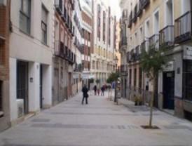 La rehabilitación de las zonas de Huertas y Pez Luna da 4.500 metros cuadrados a los peatones
