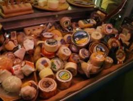 El Salón del Gourmet acoge esta semana la primera cata de quesos on line
